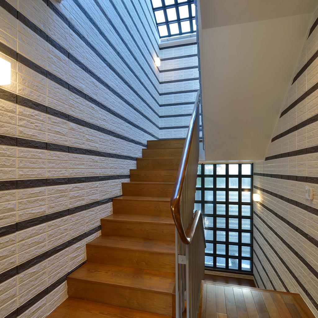 N4・階段