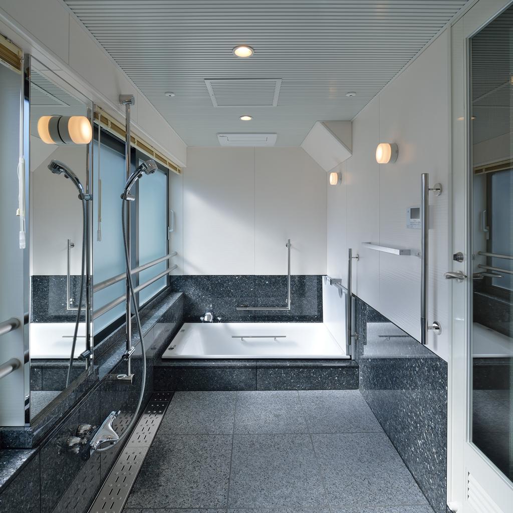 N4・浴室